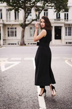Sara Donaldson // black dress & ankle strap heels #style #fashion #harperandharley