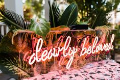 """Wedding Trends Dearly beloved neon sign - Do you love neon wedding signs as much as we do? You'll see """"neon"""" as a trending item for weddings in every single 2018 trend report! Tropical Wedding Decor, Tropical Bridal Showers, Wedding Trends, Wedding Designs, Wedding Bells, Wedding Day, Green Wedding, Wedding Shoes, Mauve Wedding"""