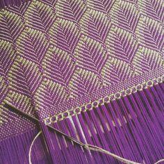 Photo Weaving Tools, Card Weaving, Tablet Weaving, Weaving Projects, Weaving Art, Tapestry Weaving, Loom Weaving, Swedish Weaving Patterns, Weaving Textiles