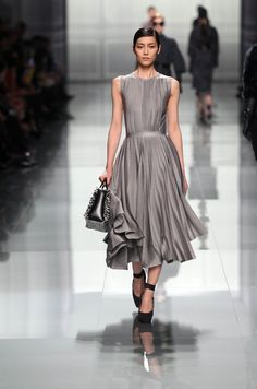 Look N° 13 / Autumn-Winter 2012 / Collection / READY-TO-WEAR / Woman / Fashion & Accessories / Dior official website