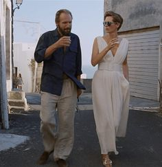 For today's wardrobe recap, I wanted to cover A Bigger Splash, starring Tilda Swinton and Fiennes. A Bigger Splash is the sort of movie which normally would come and go without me ever knowin… Tilda Swinton, Splash Movie, Dallas, Ralph Fiennes, Holiday Wardrobe, Movie Costumes, Vacation Dresses, Actors & Actresses, Sexy