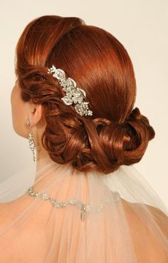 Bride S Gorgeous Retro Old Hollywood Style Braided Chignon Bridal Hair Ideas Toni Kami Wedding Hairstyles