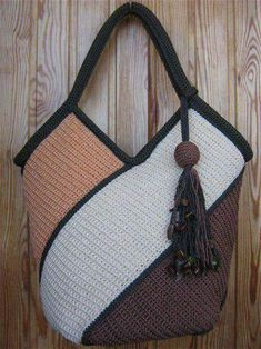 50 Crochet Bag Patterns | Upcycle Art (shared via SlingPic)