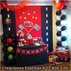Red tablecloth under checkered tablecloth; red and black balloons in tires Hot Wheels Birthday, Race Car Birthday, Race Car Party, 2nd Birthday, Disney Cars Party, Disney Cars Birthday, Car Themed Parties, Cars Birthday Parties, Festa Hot Wheels