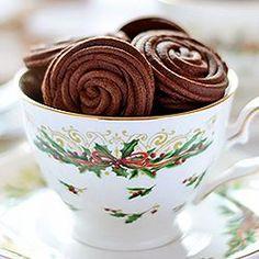 Espresso Rose Spritz Cookies - easy, light and fluffy - kitchennostalgia.com