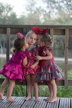 Sooo sweety and so honey 💗💓💘💋💋 Flamenco Party, Flamenco Dancers, Spanish Dancer, Beautiful Friend, Cute Outfits For Kids, Bridesmaid Dresses, Wedding Dresses, Kids Fashion, Flower Girl Dresses