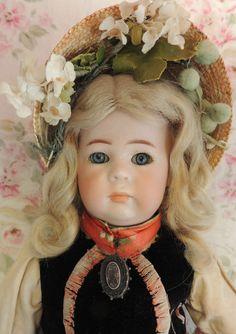 Kammer & Reinhardt #115A Toddler, 13 IN, Antique Costume & Wig