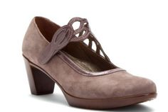 naots luma pump: the 30 most comfortable shoes for teachers