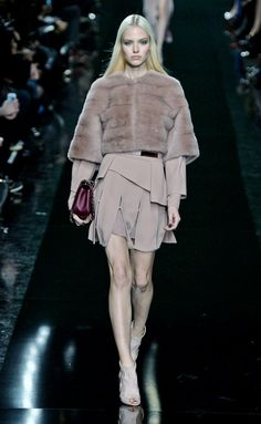 Elie Saab - Fall/Winter 2014-2015 Paris Fashion Week
