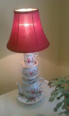 Teacup, teapot lamp Home Design Diy, House Design, Teapot Lamp, Teacup Crafts, Light Up, Repurposed, Tea Pots, Shabby Chic, Chandelier