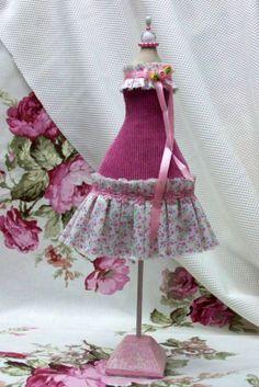 Mini mannequin Mannequin dress form Pincushion by MalinaElena, $25.00
