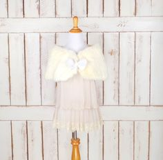 On sale 15% off -50s vintage light  ivory rabbit fur stole bow wrap/off white fur capelet/caplet/wedding/bridal stole coverlet/xsmall/small by GreenCanyonTradingCo on Etsy