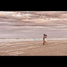 #BeachEmbrace #PamBellPhotography #WeddingPhotography #LifestylePhotographer #NikonProfessional