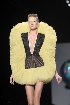 Design Elements Articles And Images About Fashion Fashion Design Style Inspiration