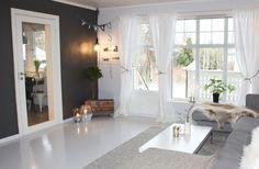 Stue 3 Oversized Mirror, Real Estate, Furniture, Home Decor, Velvet, Decoration Home, Room Decor, Real Estates, Home Furnishings