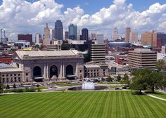 """You're a newbie, huh? Don't know KCMO from KCK, burnt ends from a short end, but suddenly you find yourself in good old """"Cowtown."""" Here's your insiders guide to Kansas City..."""