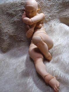 新作のポーズ - ハナノの関節人形                                                                                                                                                                                 もっと見る