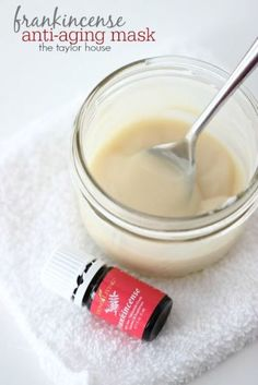 How to make a DIY Frankincense Anti-Aging Face Mask!