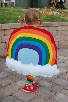 It's the Modern Kiddo Costume Parade!} – I see lily as a rainbow for Halloween ! Fall Halloween, Happy Halloween, Halloween Couples, Group Halloween, Costumes Faciles, Rainbow Costumes, Cute Costumes, Farm Costumes, Rainbows