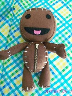 Sackboy sewing pattern.  Another game I don't play, but I soooo want to make this!