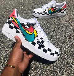Nike Air Force 1 Low Custom - Sneakers Nike - Ideas of Sneakers Nike - Nike Air Force 1 Low Custom Custom Vans Shoes, Custom Painted Shoes, Custom Sneakers, Nike Custom, Nike Air Force One, Nike Shoes Air Force, Mode Converse, Sneakers Fashion, Sneakers Nike