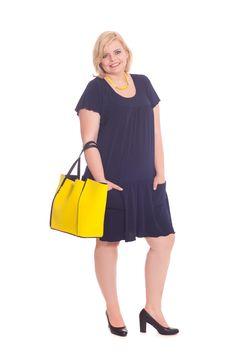 Kleider in großen Größen jetzt bei Design for you entdecken.  www.designforyou.at