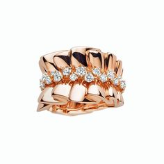 Archi Dior Bar en Corolle Bague rose gold and diamond ring - Inspired by Dior's finest couture gowns, with metal that has been shaped to mimic the draping, pleating and gathering of the sumptuous fabrics.