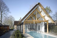 VOCUS - nieuwbouw 'boerderij' Bunschoten Smart Home Design, Dream Home Design, House Design, Barn House Conversion, Long House, Hotel Concept, Barn Renovation, Mansions Homes, Modern Barn