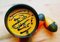 Kürbis - Möhren - Suppe, ein beliebtes Rezept aus der Kategorie Gebundene. Bewertungen: 78. Durchschnitt: Ø 4,4.