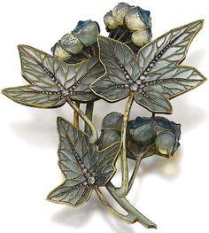 Lalique 1900 - Jewellery made in Plique-a-jour technique.