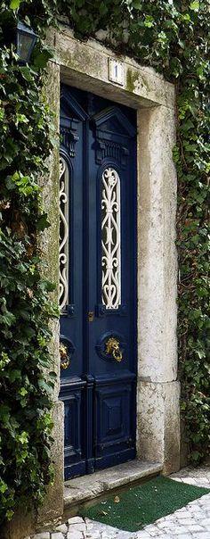♔ Door