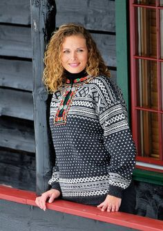 Søkeresultater for: 'setesdal' Nordic Art, Knit Fashion, Norway, Ravelry, Knitting Patterns, Sweaters, Blog, Clothes, Celtic