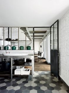 A HOME BY PAOLA NAVONE / Studio Arrc