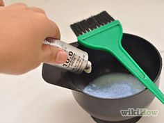 How to Do a Bleach Wash on Your Hair: 7 Steps (with Pictures) Bleach Wash Hair, Bleach Shampoo, Shampoo Cap, Bleach Bath, Hair Color For Women, Color Your Hair, Hair Color And Cut, Hair Colour, Bleaching Dark Hair