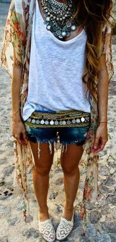 Modern gypsy fashion, boho chic style, hippie flair