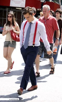 If only every man in the world knew to dress, do their hair, and be as gentlemanly as Chuck Bass..