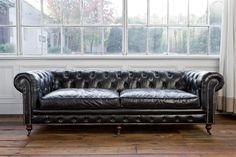 Regina Andrew Design 4-164VBK Extra Deep Blk Chesterfield Sofa Med RAD-4-164-VBK