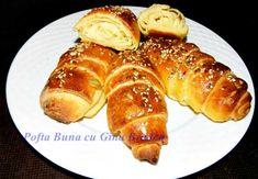 Cornuri de casa cu unt si branza Romanian Food, Romanian Recipes, Pretzel Bites, Unt, Baked Potato, French Toast, Pizza, Baking, Breakfast