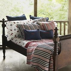 Country Bedroom Decorating Ideas | Country Style Bedding