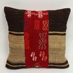 Come and join our pillowmania! ❤✌ More pillows on the link in bio. . . #rug #handmaderugs #turkishrug #vintagerug #kilim #interiordesigners #oushakrug #bohemiandecor #interiordecor#cappadocia#interior4all#luxuryhomes#homedecor #carpet #runnerrug#etsy #etsyseller #thedailyinterior#interior123 #mywestelm#kitchendecor #homedesign#antiquerug#interiordesign#xmasdecor#bohostyle#basketwall#kilimpillows#kilimcushion#decorativepillows - posted by MY TURKISH PILLOW…