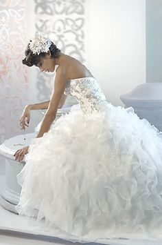 gorgeous and sexy wedding gowns