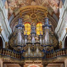 Orgel in Święta Lipka  Die Orgel wurde 1719 bis 1721 von Johann Josua Mosengel gefertigt.