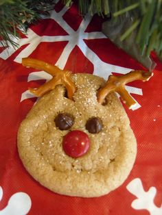 Rudolph peanut butter cookies (pretzel antlers, red m&m nose) HollysHome - Church Fun: Holiday Ideas