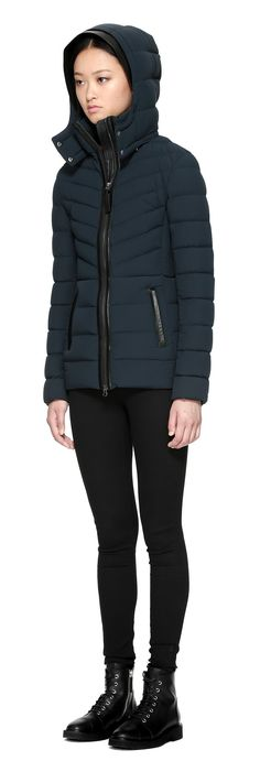 PATTI LIGHTWEIGHT DOWN JACKET WITH HOOD IN PINE