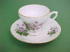 Vintage ROYAL SUTHERLAND Bone China Tea Cup & Saucer LILAC Pattern