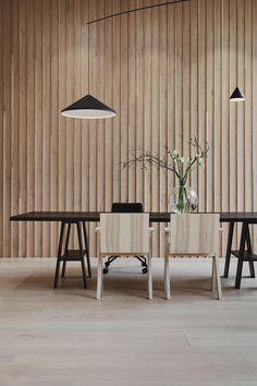 Slat wood wall and textured furniture- Top interior design and home decor trends for 2020 for a simple and modern home Marble Furniture, Plywood Furniture, Furniture Design, Bar Design, Design Studio, House Design, Scandinavian Interior Design, Home Interior, Natural Interior