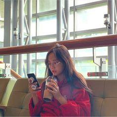 Kpop Aesthetic, Aesthetic Girl, Kim Sejeong, Aesthetic Phone Case, Jellyfish Entertainment, Girls Selfies, Ioi, Ulzzang Girl, Jaehyun