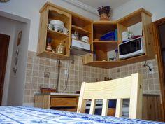 Házból otthon: Konyha Table, Furniture, Home Decor, Decoration Home, Room Decor, Home Furniture, Interior Design, Home Interiors, Desk