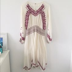 Free People Dress Beautiful white Free People dress, worn once for a wedding (worn very very carefully). Haven't worn it since. This dress is absolutely perfect for a free spirit. I'm willing to negotiate, so make an offer, but please keep in mind I paid full price for this!(: Free People Dresses