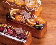 Tea Cakes, Mini Cakes, Food Cakes, Sweet Desserts, Sweet Recipes, Cake Recipes, Travel Cake, Cake Packaging, Plum Cake